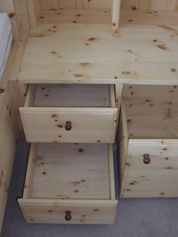 Zirbenholz schlafzimmer tischlerei ausstellungshaus for Kommode zirbenholz