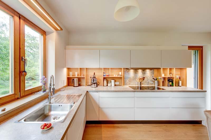 Gemutliche Wohnkuche Mit Integriertem Sitzplatz Griessner